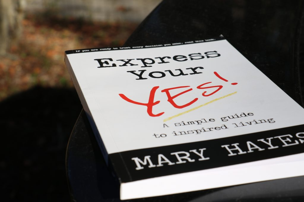 Millennial founds app company and recommends Express Your Yes by Mary Hayes