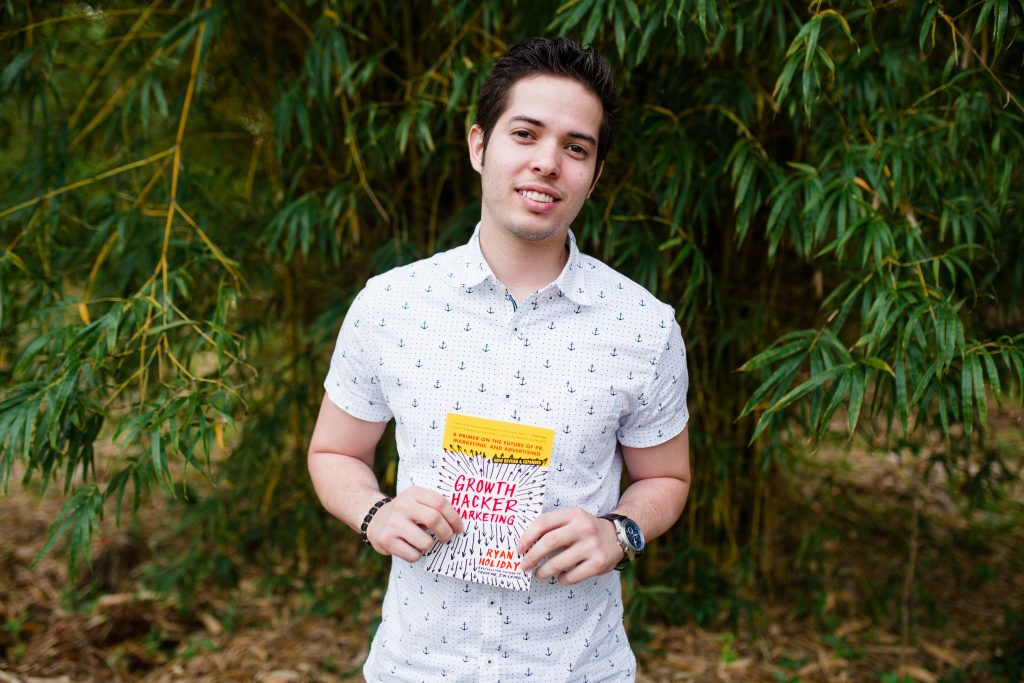 Startup Founder Who Raises 300K recommends entrepreneur marketing book